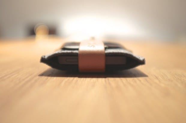 mujjo_iphone5_wallet 4