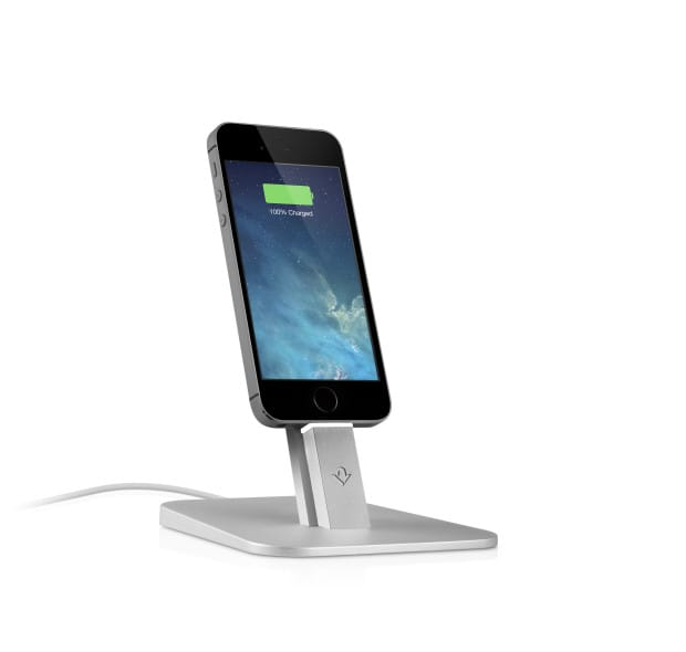 twelvesouth_hiriseiphone5s_charging_hires