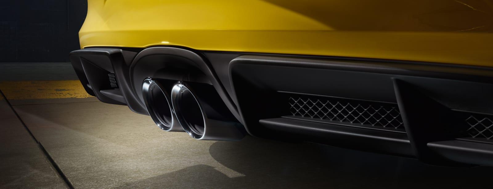 Porsche-Cayman-GT4-11