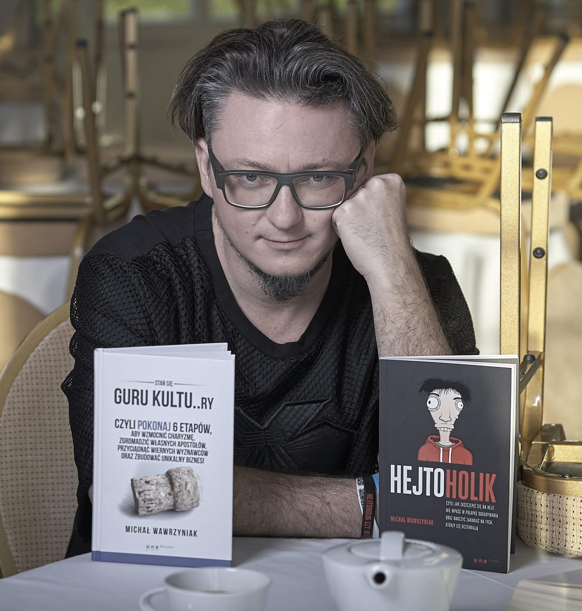 Bestsellerowe-ksiazki_Michala-Wawrzyniaka-Guru-Kultury-oraz-Hejtoholik