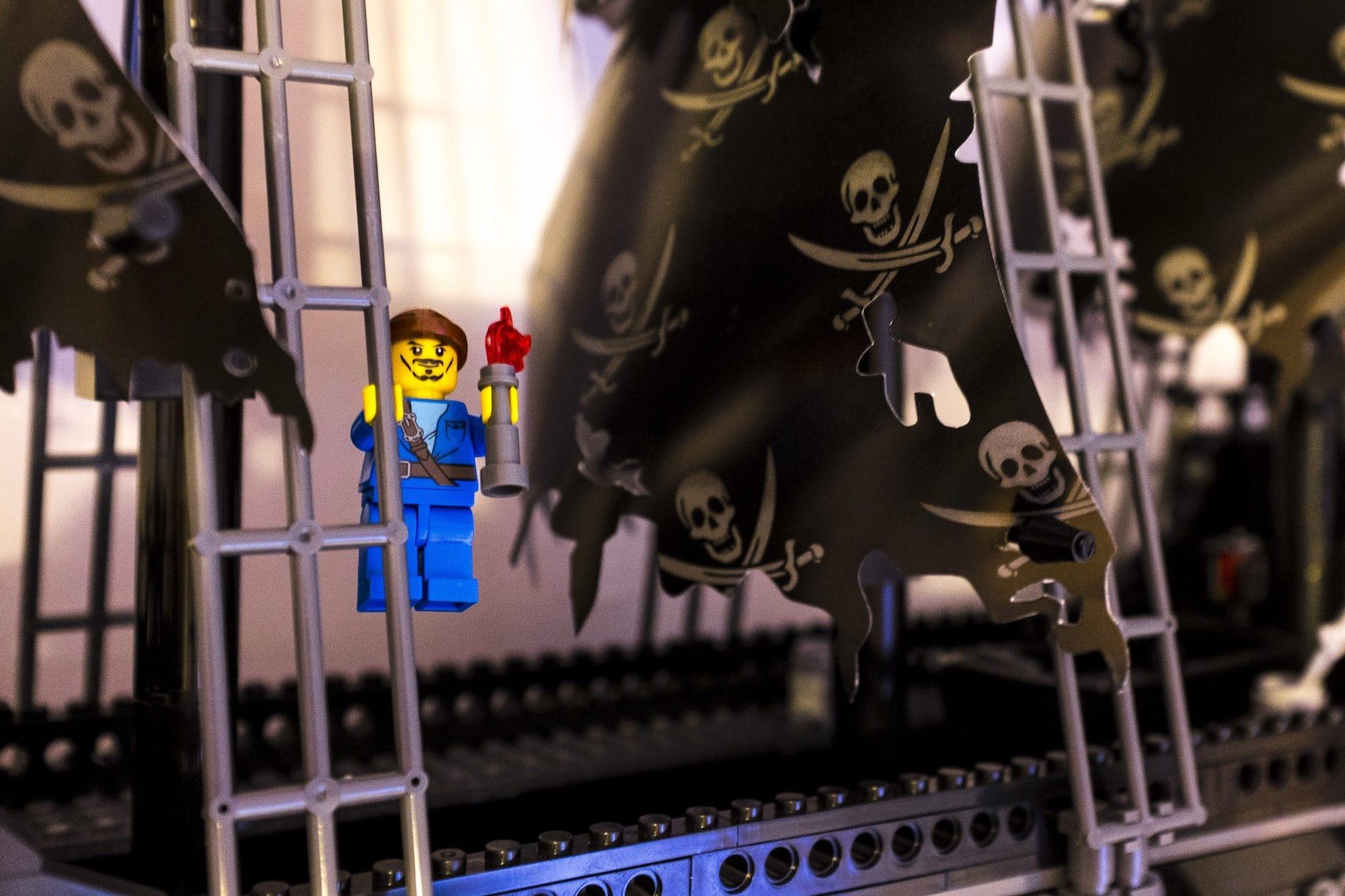 chinskie-lego-6-hero
