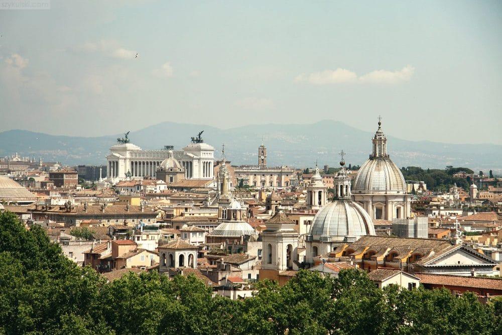 ponad-miastem-rzym-hero