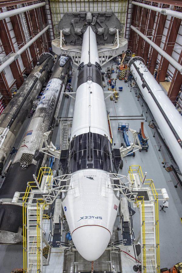 Falcon 9 wraz zkapsułą Dragon 2